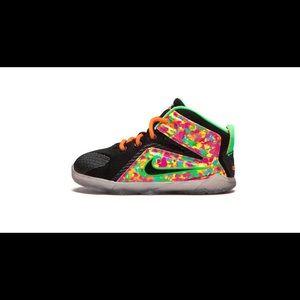 Nike Lebron 12 shoes
